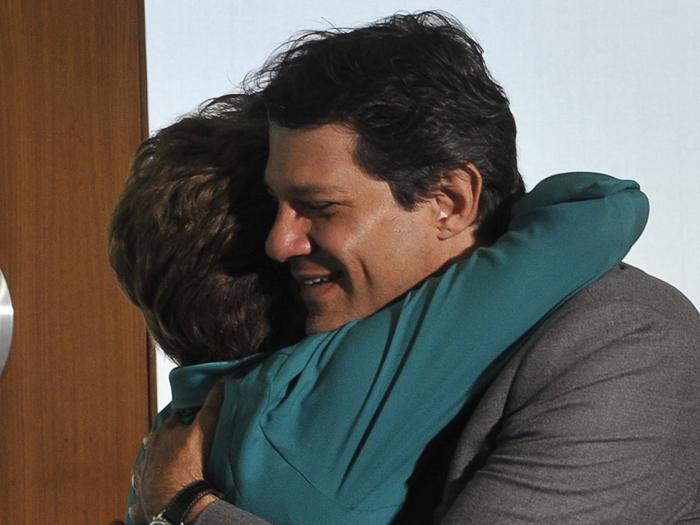 Fernando Haddad, prefeito eleito de São Paulo, se encontra com a presidente Dilma em Brasília (Antonio Cruz/ABr)